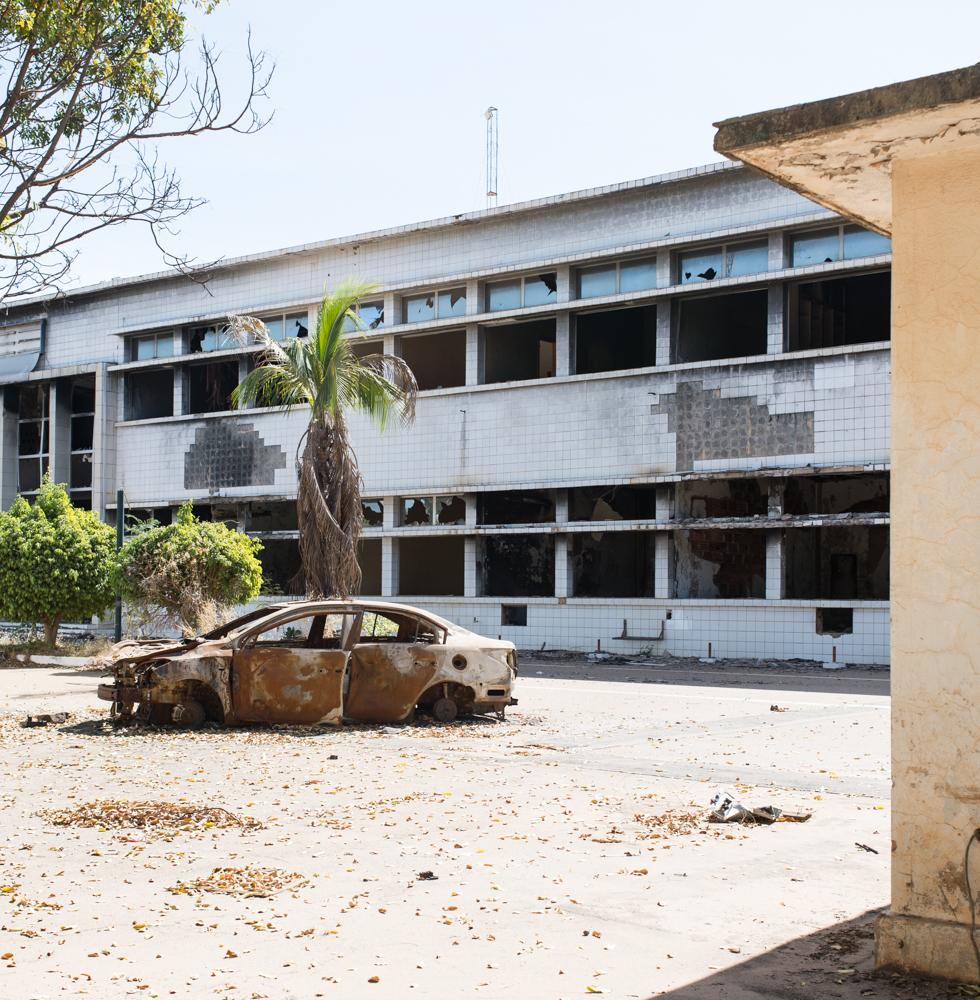 assemblee_nationale_brulee_ouagadougou-1